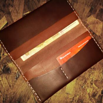 Кожаное портмоне ручной работы MenToys