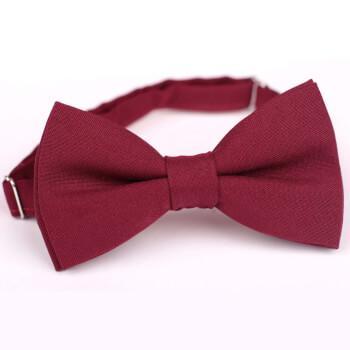 Бордовая галстук-бабочка