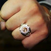 Печатка, кольцо с боксерской перчаткой из серебра