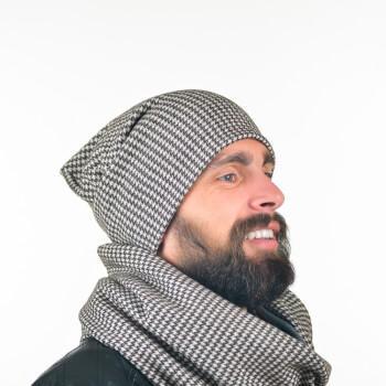 Мужская шапка c узором