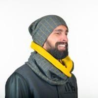 Серый мужской шарф в комплекте с шапкой в клеточку