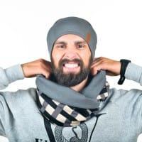 Мужской стильный снуд серого цвета с шапкой
