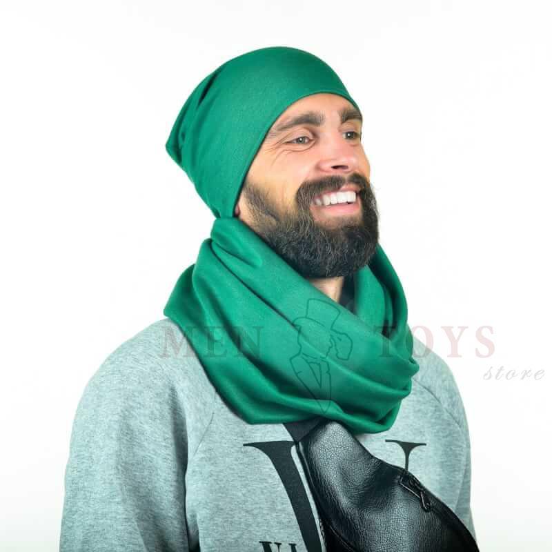 изумрудный шарф для мужчин с шапкой