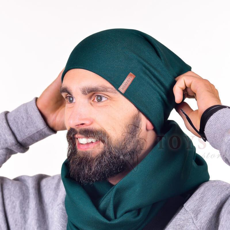 мужские шарф и шапка темного оттенка