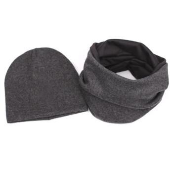 Мужской шарф в комплекте с шапкой из шерсти