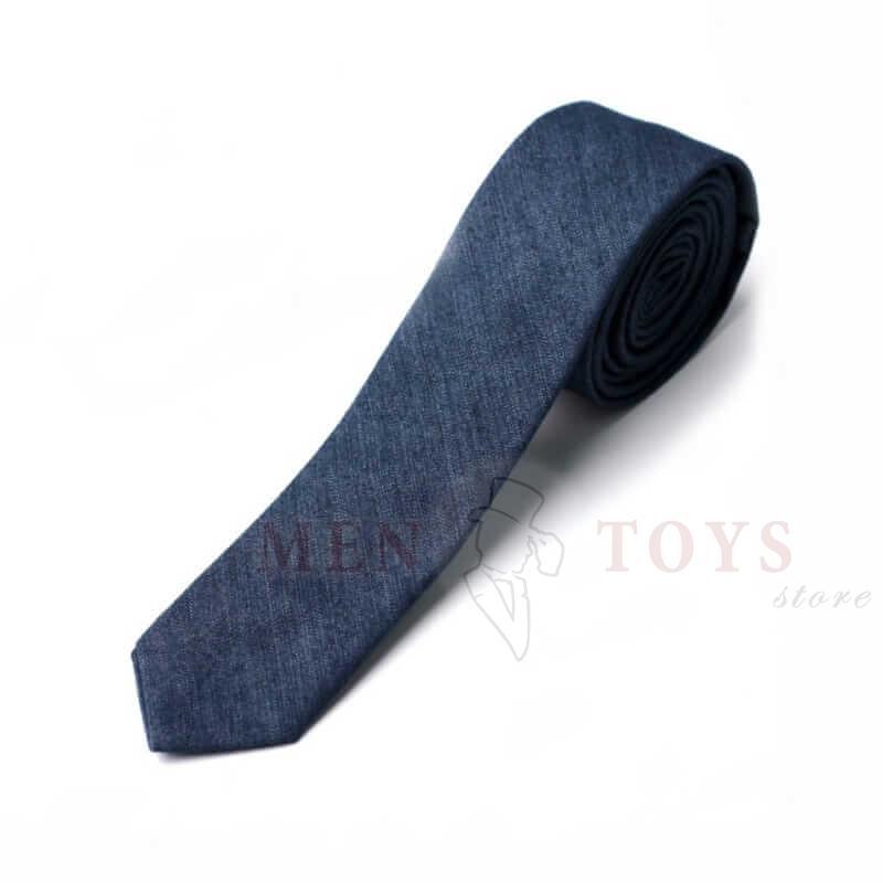 галстук из джинсовой ткани