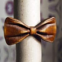 Деревянная бабочка из ценной породы дерева в комплекте со скидкой