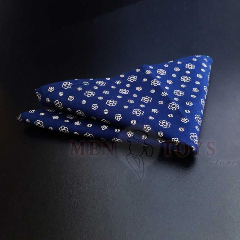 темно-синий нагрудный платок-паше с цветами