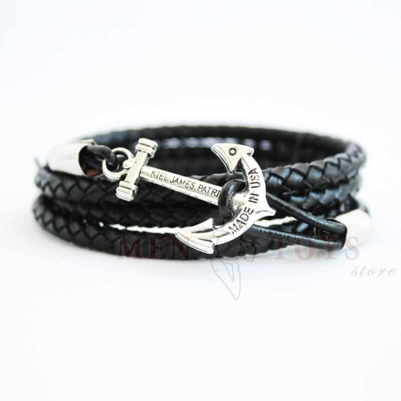черный кожаный браслет с якорем серебряного цвета