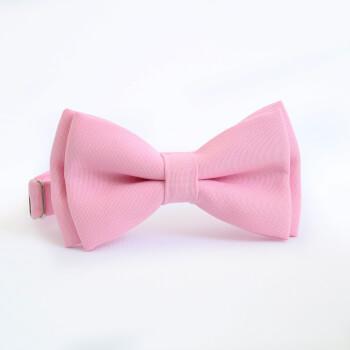 Нежно-розовая галстук бабочка