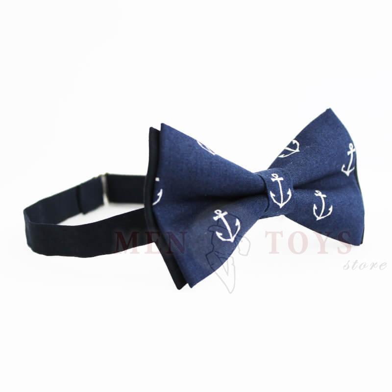 стильная галстук-бабочка с якорями