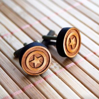 Круглые деревянные запонки Star