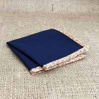 Темно-синий нагрудный платок с цветочным кантом  в комплекте со скидкой