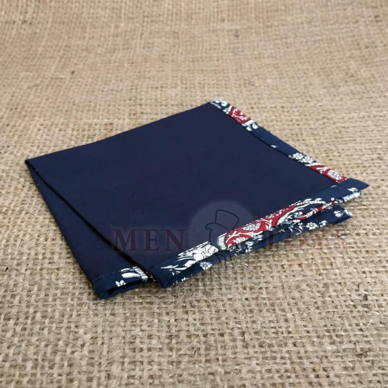 темно-синий платок с кантом пейсли