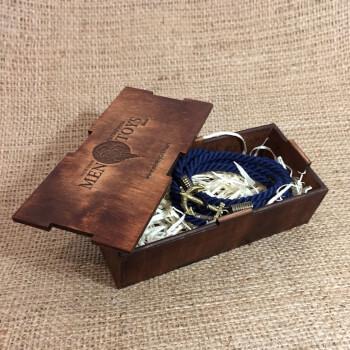 Подарочная коробочка из дерева для браслета