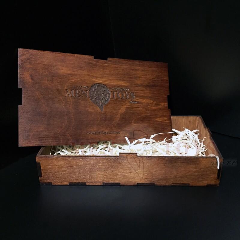 Деревянная подарочная коробочка для кожаных изделий в Киеве, Днепропетровске, Харькове, Одессе