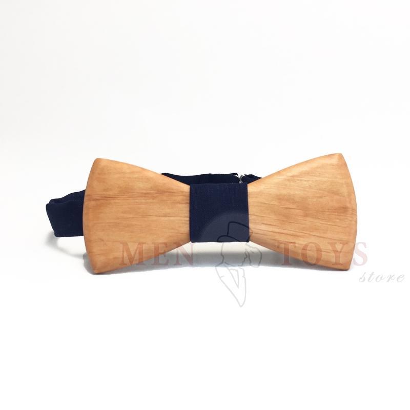 галстук-бабочка сплошная из дерева