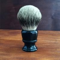 Помазок для бритья барсук с черной фигурной ручкой