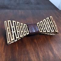 Необычная галстук-бабочка из дерева в комплекте со скидкой