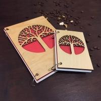 Стильный скетчбук с резблением дерева