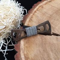 Бабочка деревянная с отверстиями