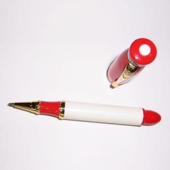 Ручка-роллер светлого и красного цветов. Новогдняя