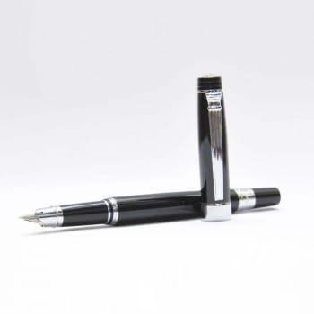 Перьевая ручка c полузакрытым пером. Клип под-серебро