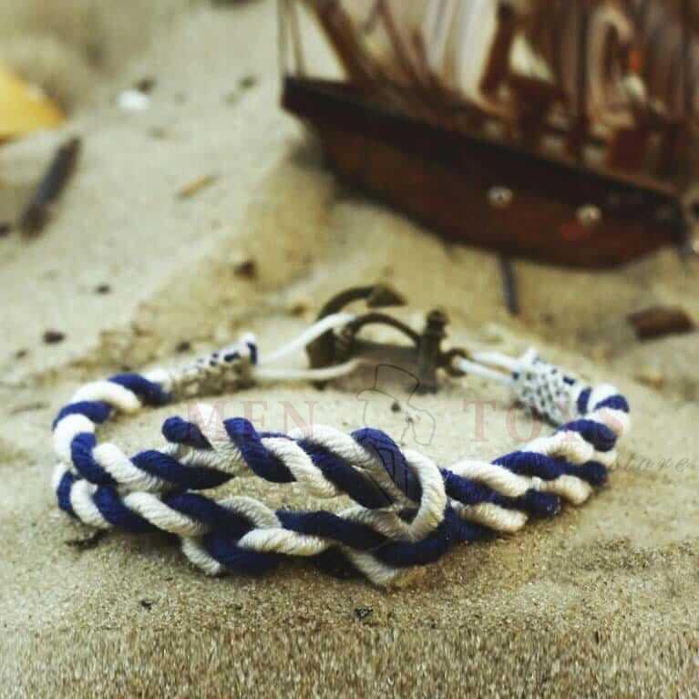 полосатый двойной браслет с якорем