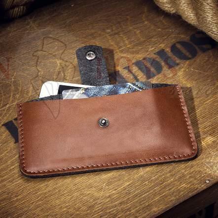 кожаный чехол для телефона с застежкой