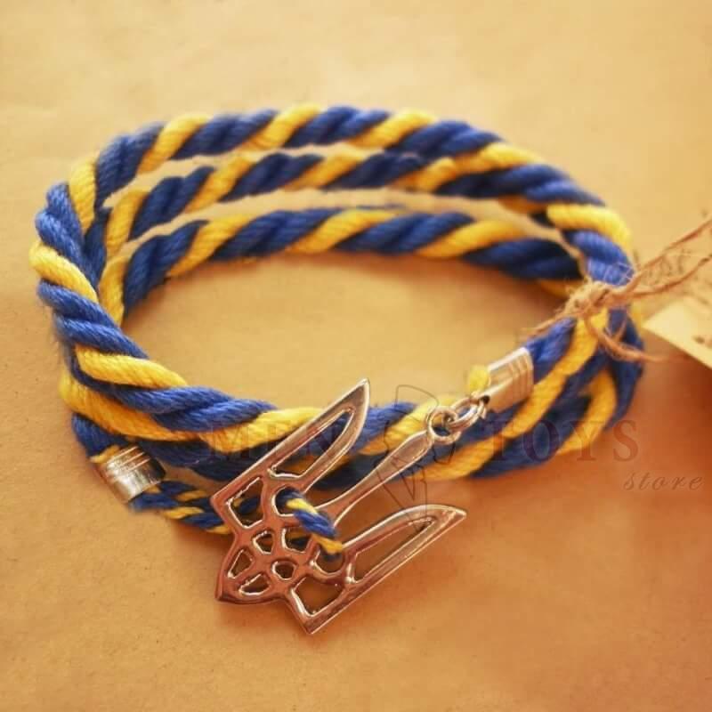 браслет с металлическим гербом украины